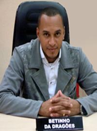 Robson Roberto Soares (Betinho Dragões)